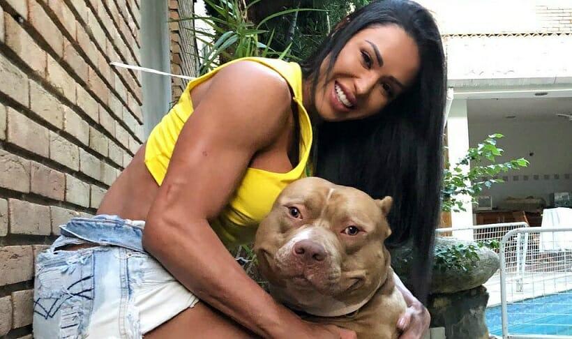 Gracyanne Barbosa e seu Cachorro